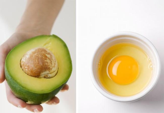 Căng da mặt bằng bơ và trứng gà