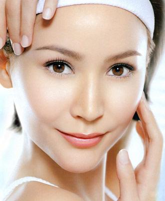 Bao nhiêu tuổi thì nên đi phẫu thuật căng da mặt ?