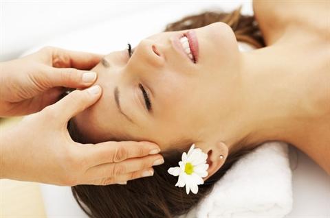 cách massage da mặt 2