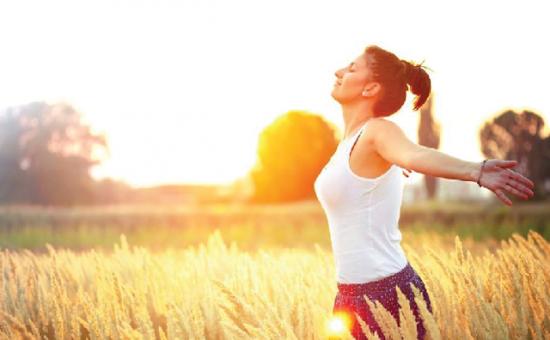 sau khi căng da mặt phải tránh nắng bao lâu 1